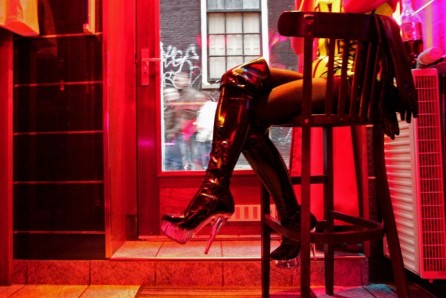 170414123159-amsterdam-red-light-district-prostitute-super-tease